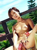Lucy Cumme Lunchtime Masturbation