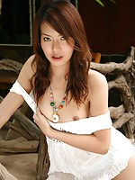 Thai Cutie Fine Strips & Bares Natural Bush