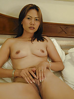 Young Thai milf Jeab is a tourists girlfriend for a week
