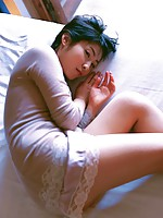 Sensual gravure idol beauty laying around in her lace lingerie