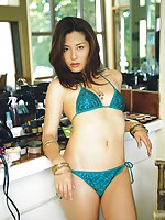 Haruna Yabuki sexy Asian babe with a lovely body