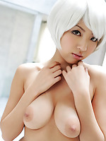 Beautiful gravure idol shows off her pink nipples and plump tits