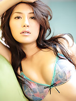 Gorgeous asian idol is to die for with her perfect hot body