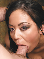 Hot mia ling sucks on a hard cock in these restaurant pics