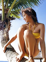 Peppy and energetic this gravure idol hottie is mouth watering