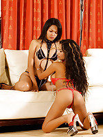 Kinky Lulu Sex Bomb trys out some lesbian sex