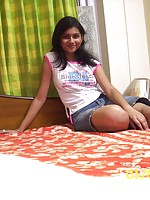 Amateur Indian Gfs 50