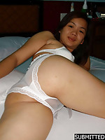 Simple looking Thai amateur girl going to pose naked