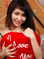 Sweet asian teenage cam cutie takes her sexy clothing off