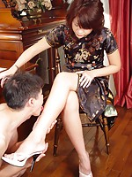 Hairy Japanese teenage cutie giving a good long footjob