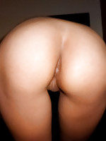 Bubble butt Thai amateur Newie fucked with no condom