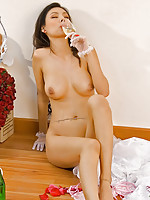 Thai bride Miko totally naked