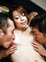 Pretty pink pussy of Maki Hojo fingered by three horndogs
