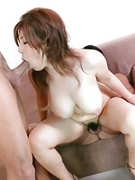 Curvy and luscious Naho Hadsuki milks a hard cock
