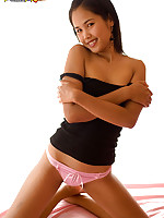 Slender Asian princess Lily Koh in pink panties