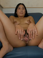 MILF Japanese Tomomi Sawamura riding a hard cock and recieves a cum on her face.