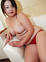 Japanese MILF Yasuyo Kajita sucking his man