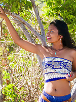 Indian teen pulls up skirt to expose pretty white panties