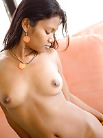 Sexy Indian Asha Kumara shows brown buns and amazing tits