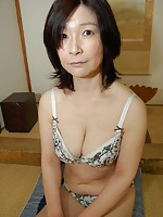 Mature Japanese babe Toshiko Kimura rides a hard dick until she reached orgasm.