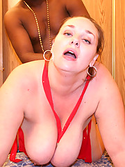 Plumper Kendra is so horny for some black cock in her she rapes her black boyfriend from his cock.