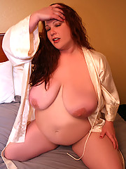 Husband fucks the brains out of her plumper wife