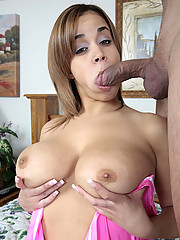 First time chubby Chavon Taylor and her perky big breast gets ready to get her twat stuffed with cock