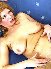 Full mature honey takes two cocks and gets creamed