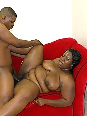 Ebony Babe Daphne Fucks Big Black Dick