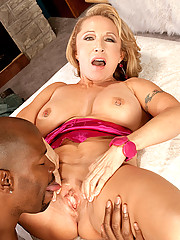 Luna Azul Finally Fucks A Black Man