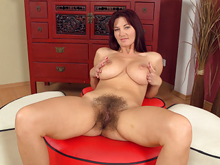 Hairy Pussy Boobs Movies