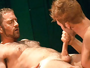 Guys with huge meat fucking horny bottoms who can