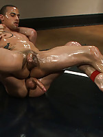 Two ripped studs fight for real and the winner fucks the loser.