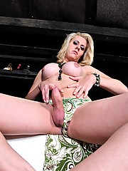Hot shemale blondie Mel Voquel posing