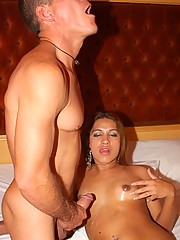 Dyllainy fucked by Arnold