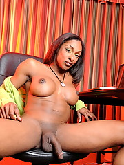 Sexy ebony tgirl posing her fat dick