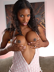 Sweet chocolate tgirl stripping