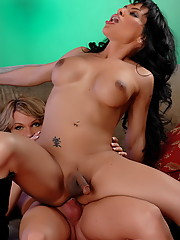 Foxxy Gets Banged Hard By Kelly Shore