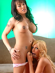 Horny TS Foxxy With Cutie Kimber James