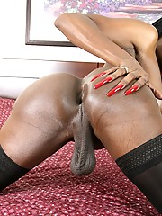 Black Tgirl Topaz is only 5 feet tall, but she\
