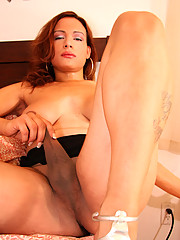 TGirl Alyssa is Shemale Yum\