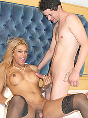 Brazilian Tranny Mariana Fenix is a new phenomenom coming from Sao Paulo! You can see why she\