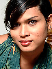 Shemale Beauty Lina from Grooby-Archives.com