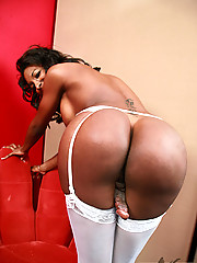 Black TS Natassia Dream in sexy white lingerie