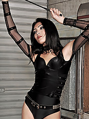 Submissive worked over hard by shemale dommes