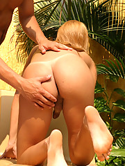 Tranny gts some nice cock in her mouth then bangs it