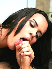 This sexy tranny gets that phat ass all lubed up in these hot pics