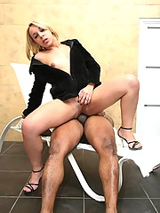 Hot thais sucks cock then get it up the ass in these tranny pics