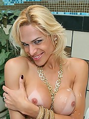 Amazing tranny jiggles his balls then takes a rod up his ass
