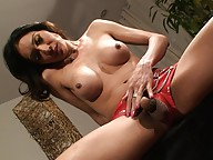 Naughty tranny Ryn playing with herself